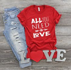 All You Need is Love Tshirt FD29J0
